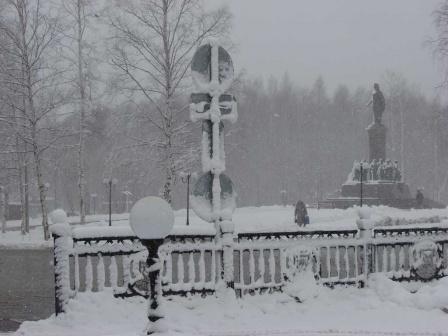 Центр города. Снегопад.