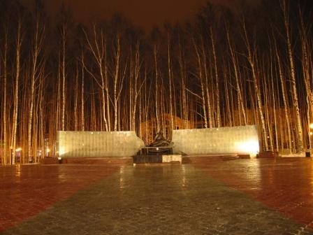 Памятник неизвесным солдатам