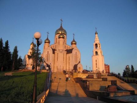 Храм на закате