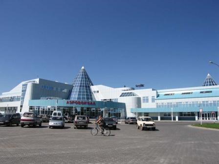 Фасад здания аэропорта