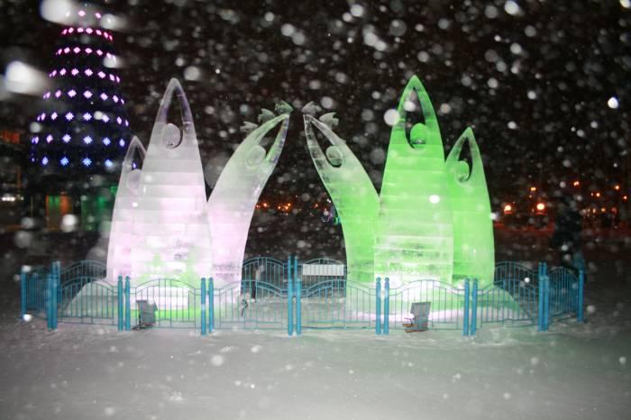 Ледовый городок. Центральная площадь.