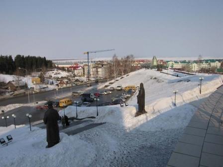 Вид улицы Гагарина с высоты Храмовой площади